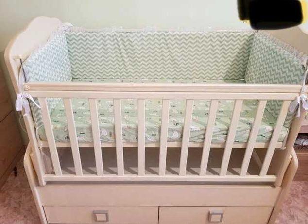 Детская кроватка/манеж