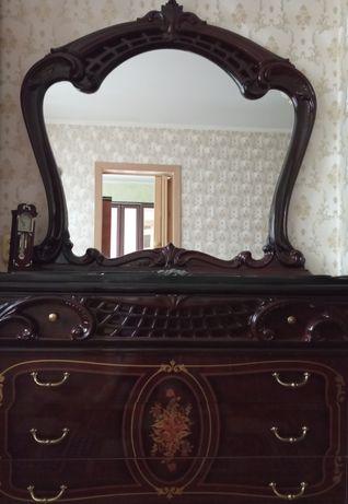 Продам зеркало в идеальном состоянии,большое,