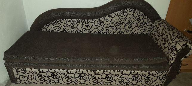 Продам диван ( тахта)