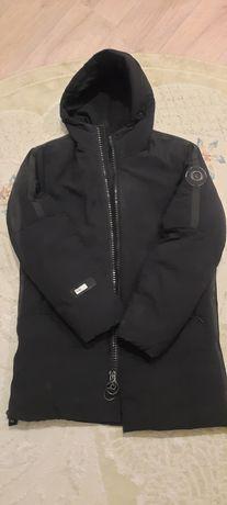 Срочно продам зимную куртка б/у