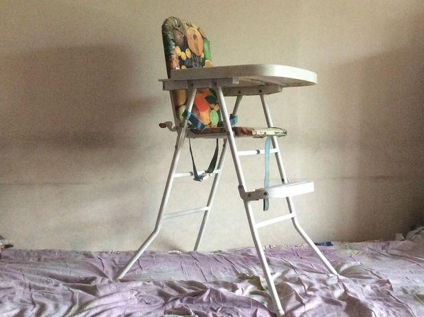 Продам деский стул -стол