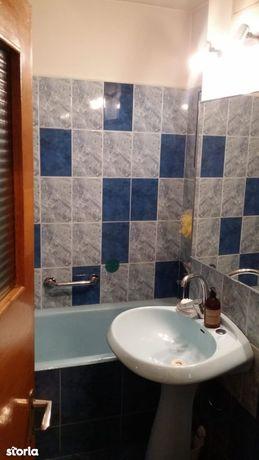Apartament 3 camere 2 bai , zona Calea Bucuresti