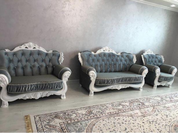 Продается мягкая мебель в зал массив дерева Бук