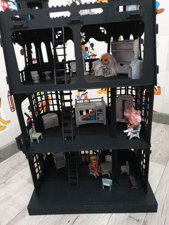 Дом для кукол LOL