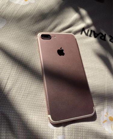 Продам Iphone 7+ в идеальном состоянии