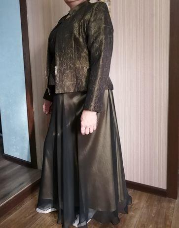 Костюм (юбка, топ, пиджак) на мероприятие