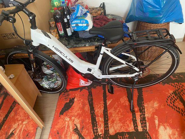 Vând bicicleta electrica
