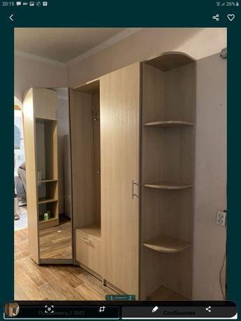 Продам срочно шкаф и кровать много разных мебели цены разные узнать мо