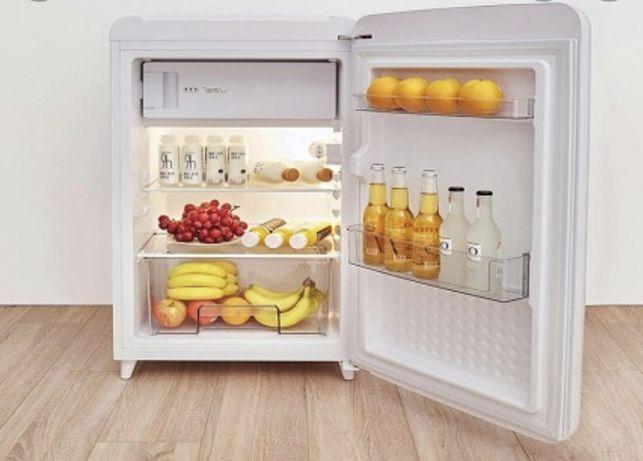Холодильник продаю срочна