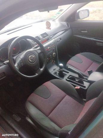 Mazda 3 Mașina întreținută cu revizie la zi cauciucuri de iarna noi