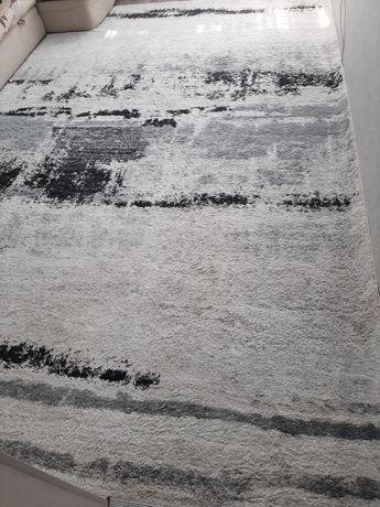 Продам натуральный ковёр