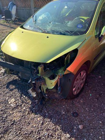 Peugeot 207 avariat