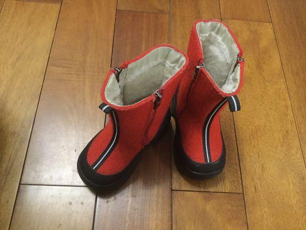 Детская обувь. Детские сапожки. Валеньки. Сапожки. Сапоги