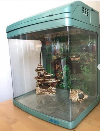 Продам аквариум 60л