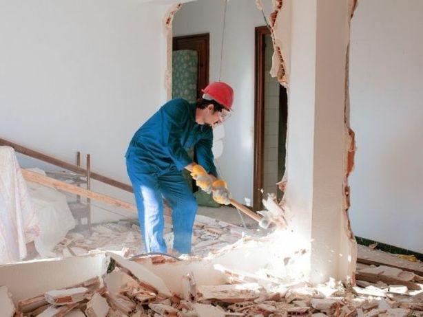 Профессиональный демонтаж магазинов  домов квартиры помишеня