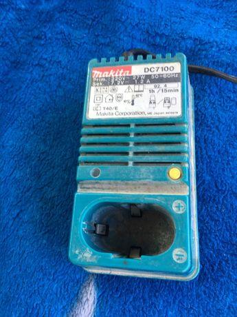 Incarcator makita DC7100