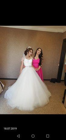 Продам роскошное свадебное платье 2в1