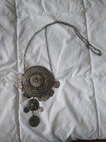 Продавам Етнографски сачанов Родопски накит за врат