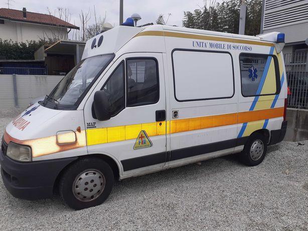AMBULANȚĂ Fiat Ducato II 2.8 Jtd - în Italia
