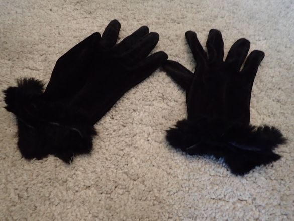 уникални дамски ръкавици от Италия с пухче