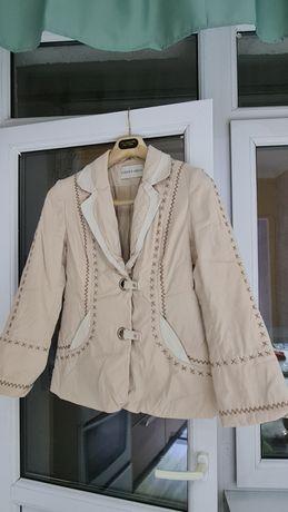 Продается пиджак, б/у.