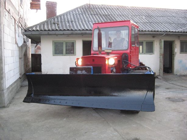 Dezmembram buldozer s651 orice piesa senila buldozer s651 role s651