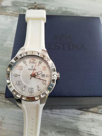Vand ceas Festina model f15560/1 sau schimb cu ceas bărbătesc sau...