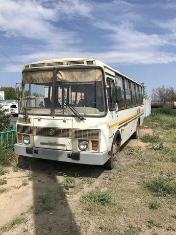 Автобус ПАЗ 2011 года