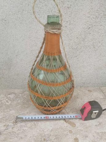 Ретро плетена дамаджана