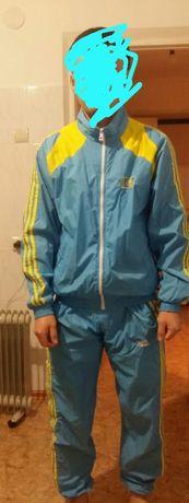 Продам мужскую  спортивку Казахстан