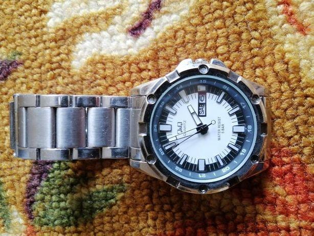 Продам часы в отличном состоянии