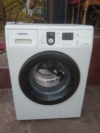Срочно продам стиральную машину марки Samsung