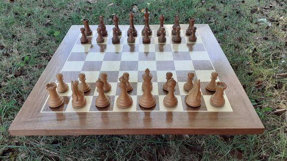 Шах дъска орех и явор(клен) ръчна изработка