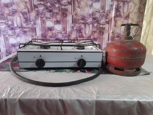 Продам двухкомфорный газ и газовый балон