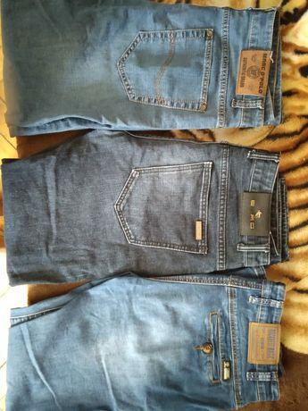 Продам джинсы разные