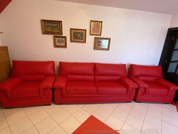 Set canapea extensibila + 2 fotolii rosii
