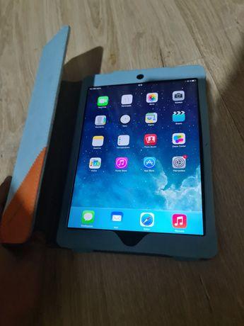Apple iPad Air 32GB MD792RU/A