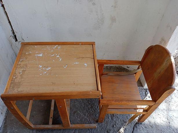 Детский стол деревяянный
