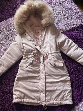 Пуховик, куртка, бледно розовый, удобный беременным