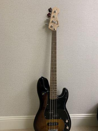 Басс гитара и комбарь