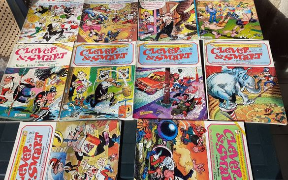 Лот от 10 броя комикси Лот от 11 броя руски списания Радио
