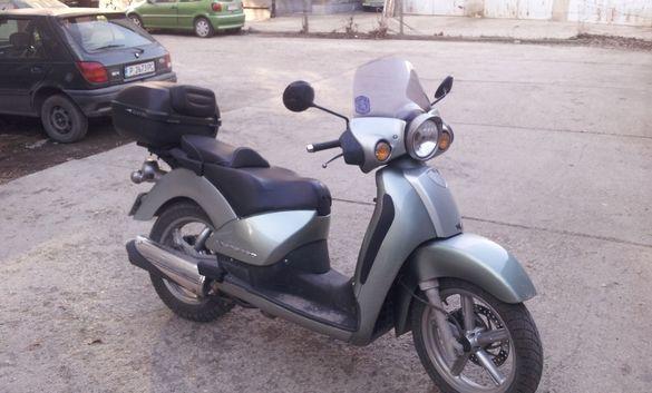Скутер Априлиа Скарабео 200GT