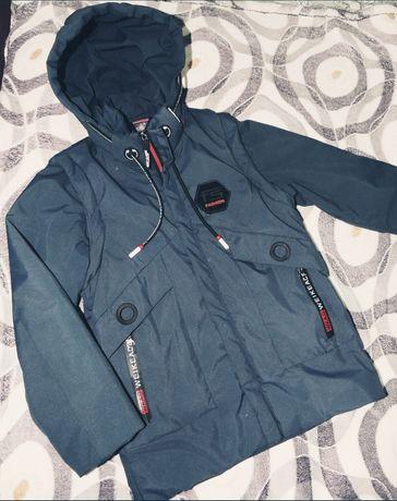 Куртка осень/весна на рост 122 см
