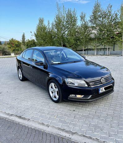 Volkswagen Passat B7 BlueMotion 2012 / 1.6 Diesel / Euro 5 / Navigatie