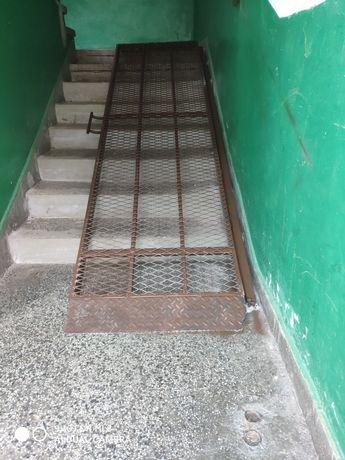 Рампа за стълбища
