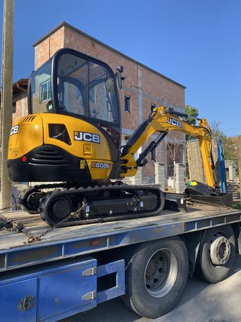 Inchiriez excavator !!!