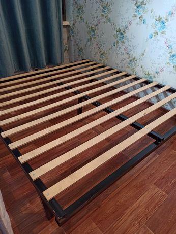 Продам двухместную кровать