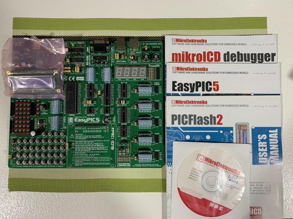 Placa de dezvoltare Mikroelektronika EasyPIC