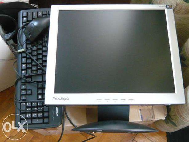 Vand PC generatia 2010 - stare excelenta!