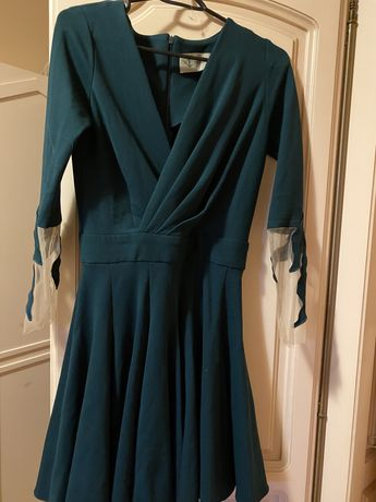 Vand rochie alina cernatescu